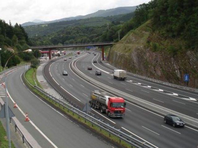 restricciones a la circulación de camiones en Navarra