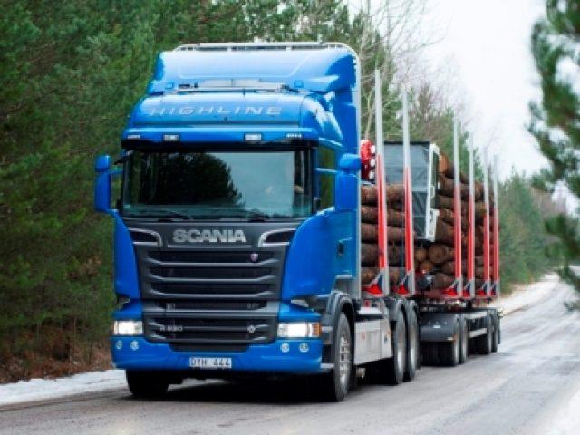 pesos y dimensiones. Copyright © Scania CV AB